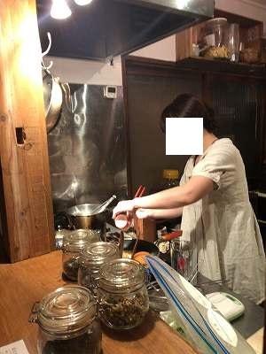 うさこが納豆を落としているところ1.jpg