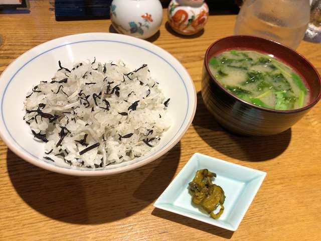 ちりめんご飯1アオサ味噌汁1.jpg