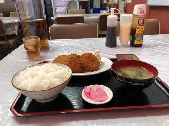 コロッケカニクリーム定食2.jpg