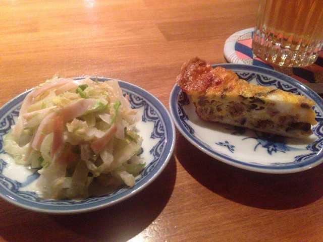 サラダとスパニッシュオムレツ.jpg