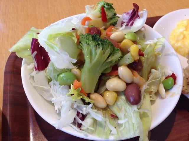 サラダと豆.jpg