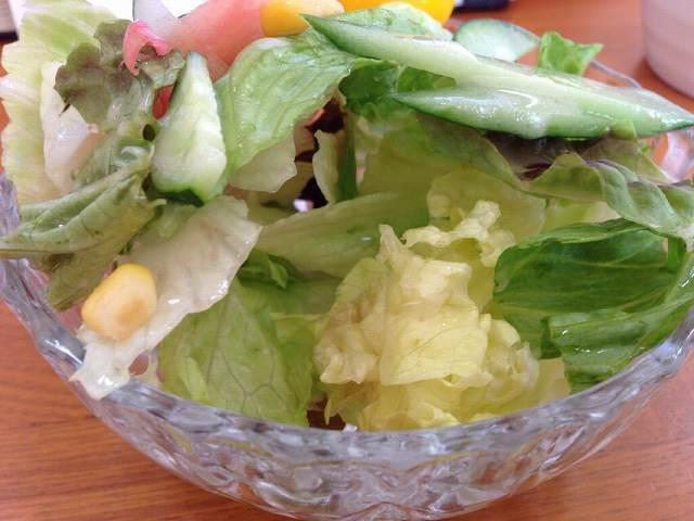 サラダの底が惜しむらくは.jpg