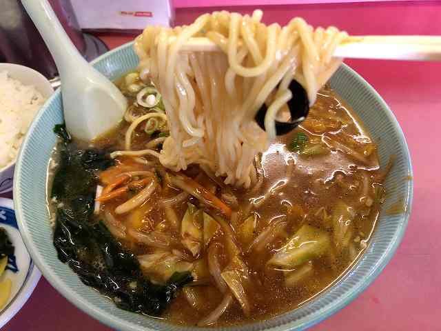 ジャン9麺リフト3.jpg