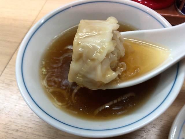 スープ5シウマイを浸す2.jpg