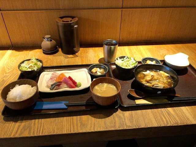 ダブルランチ1刺身1肉豆腐1.jpg