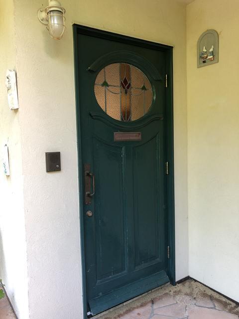 ドアは横向きに.jpg