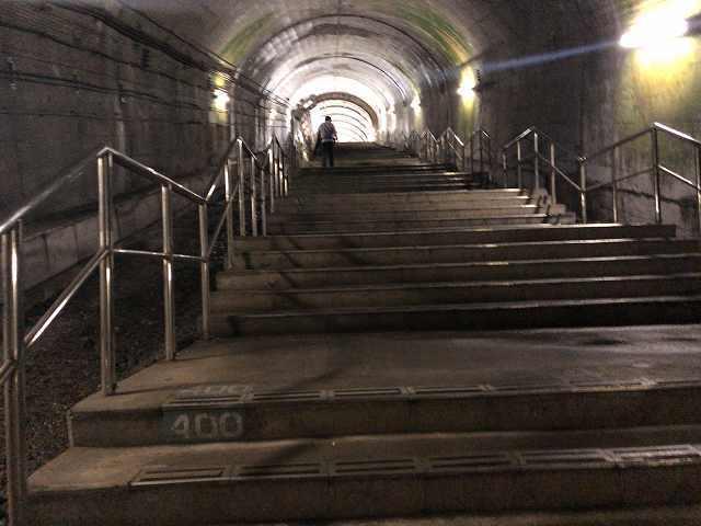 モグラ59階段400段.jpg