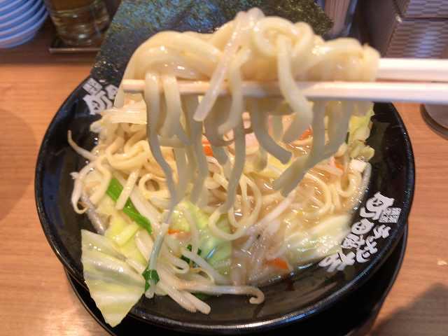ラ12麺2.jpg