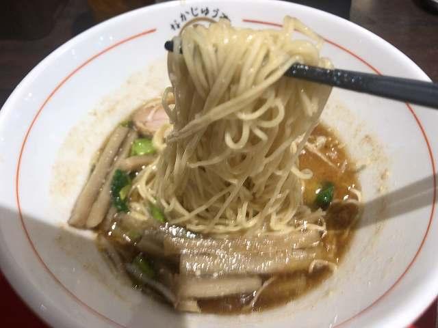 ラ28麺4.jpg