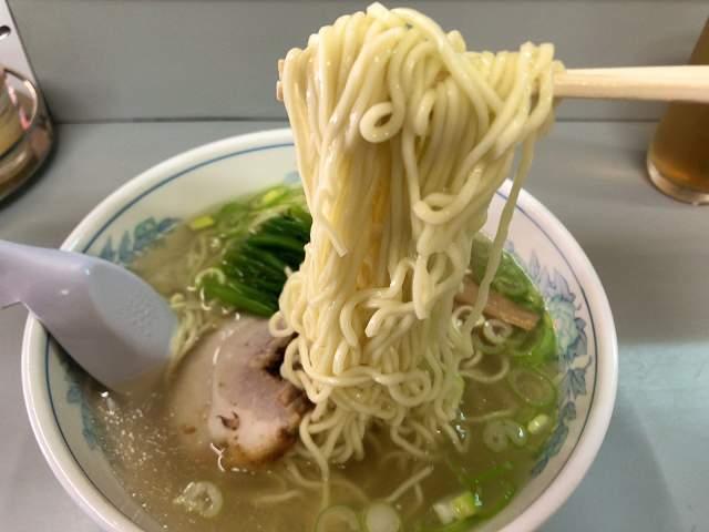 ラ4麺をリフトアップ.jpg