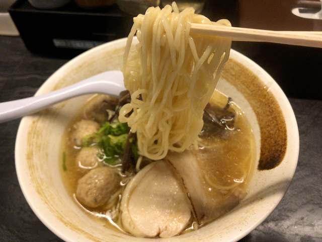 ラ6麺をリフトアップ.jpg