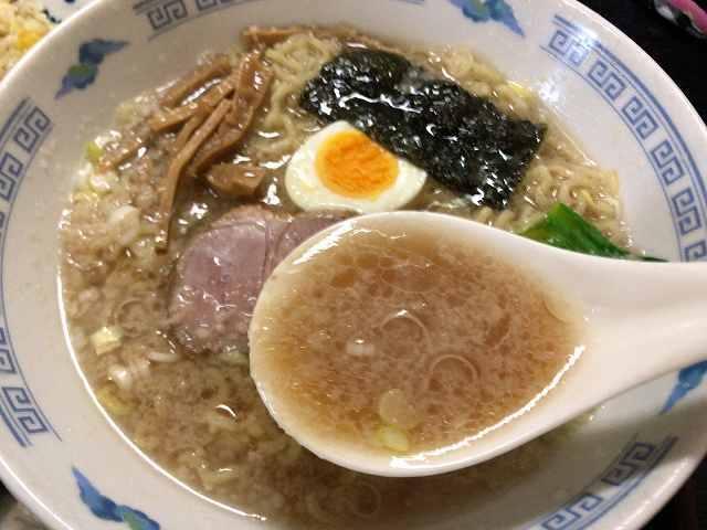 ラ7背脂スープ.jpg
