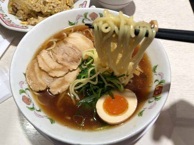 ラ7麺ツルツル1.jpg