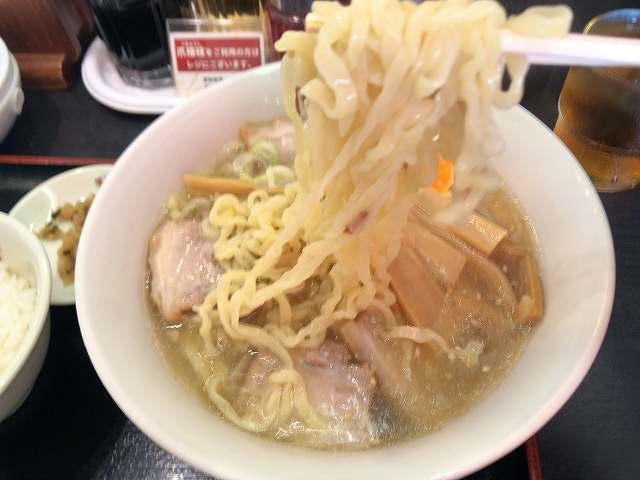 ラ8ピラピラ麺1.jpg