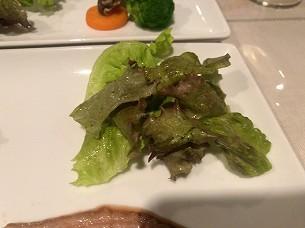 ローストビーフ焼肉風9付け合わせの野菜2.jpg