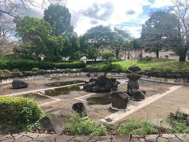 公園6水が無い3.jpg