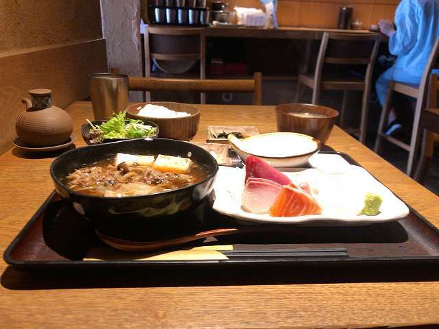 刺身2肉豆腐2.jpg