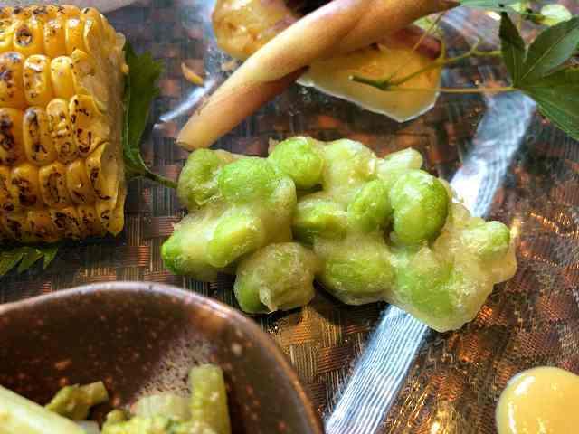 前菜4何かの豆の天麩羅.jpg