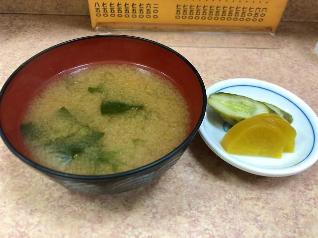 味噌汁1お新香1.jpg