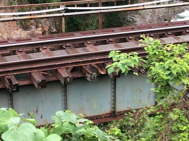 問題の鉄橋4.jpg