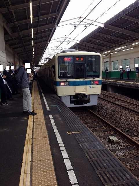 回送電車去る.jpg