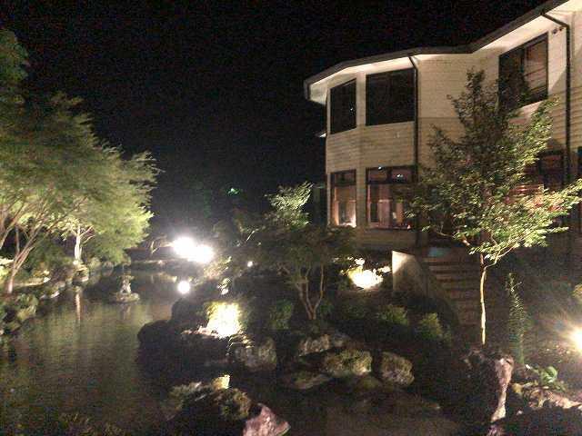 夜16池の端から船山館4.jpg