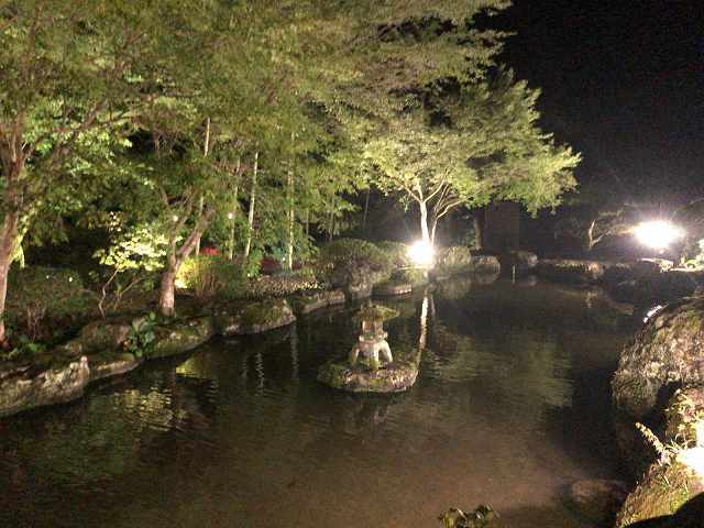 夜23池6.jpg