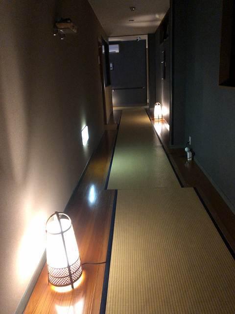 夜51廊下1.jpg