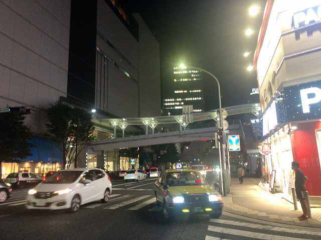 夜の上大岡.jpg