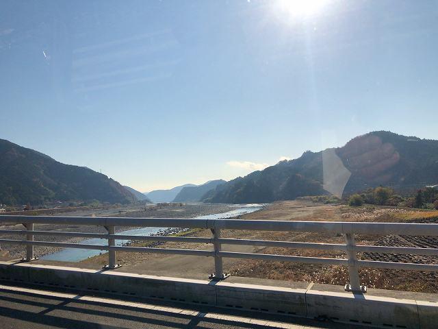 富士川を渡る.jpg