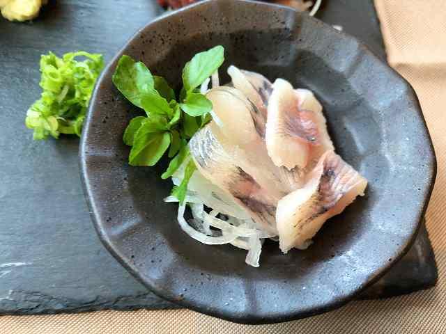 岩魚刺2.jpg