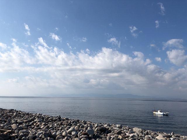 岬の西側の海2.jpg