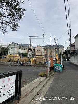 工事8~10月21日~足場が組まれる.jpg