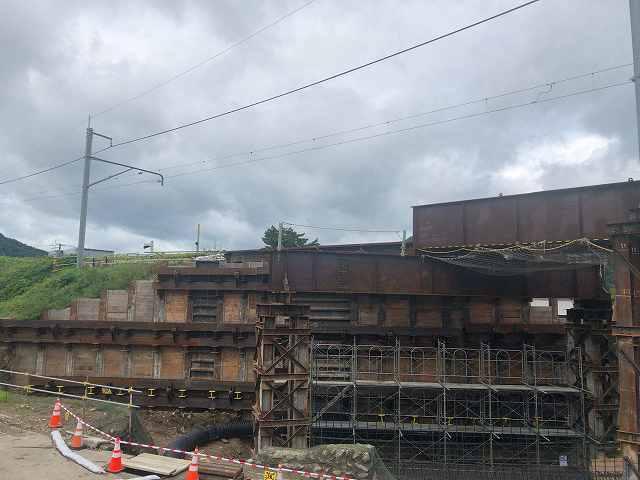 工事現場27国道側から7中荒井方面築堤崩れ止め3.jpg