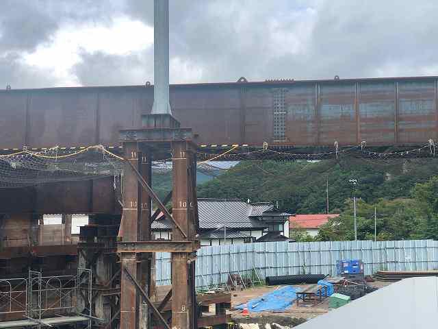 工事現場31国道側から中央ガーダー橋6橋脚4.jpg