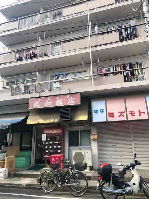 店6旧いマンション.jpg