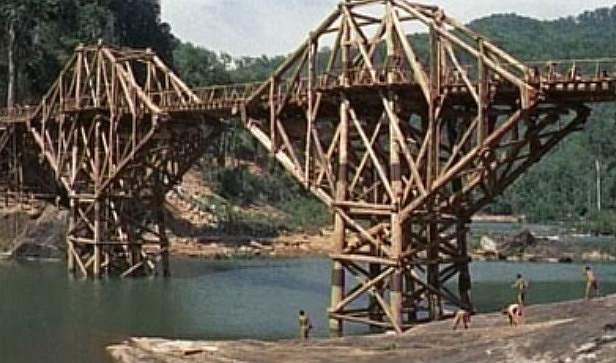 戦場に架ける橋2.jpg