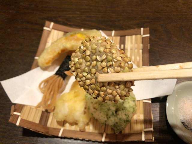 揚げ8里芋蕎麦実.jpg
