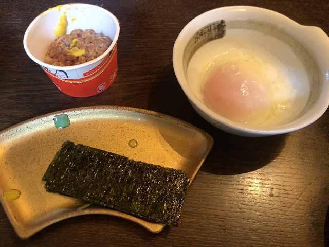 日本人の朝に不可欠なもの2.jpg