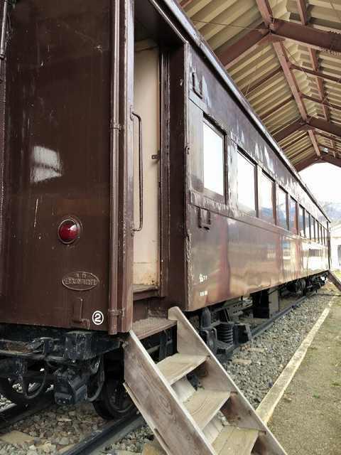 旧客車.jpg