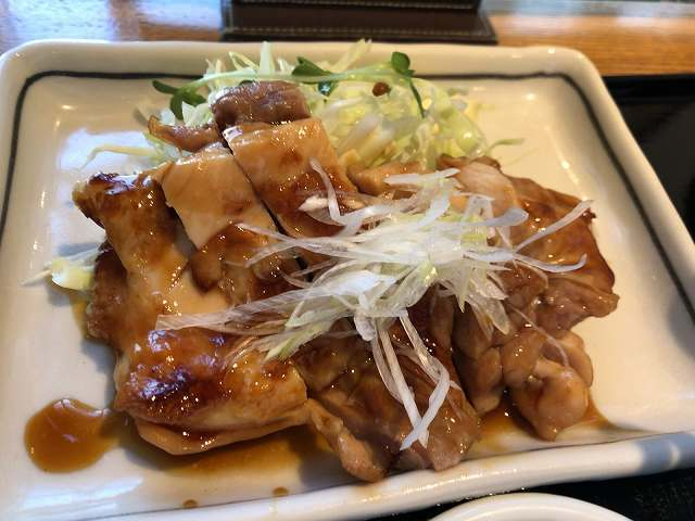 昼6鶏照り焼き2.jpg