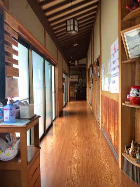 朝10廊下2.jpg