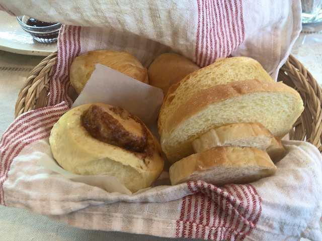 朝26パン.jpg