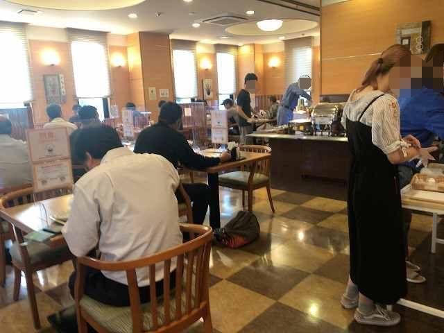 朝7花茶屋3混んでる-1.jpg