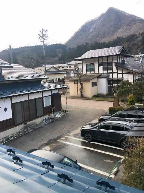 朝の駐車場.jpg