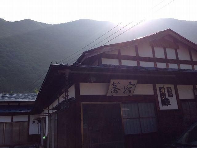 朝日と蕎麦宿.jpg