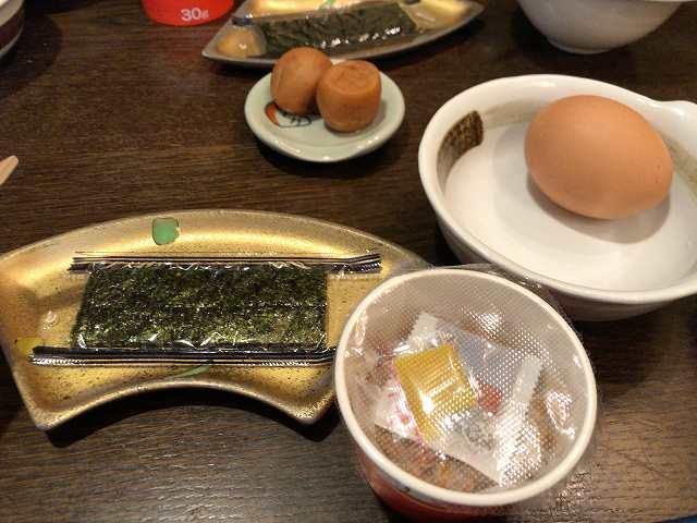 朝餉15日本人が朝食べるもの.jpg