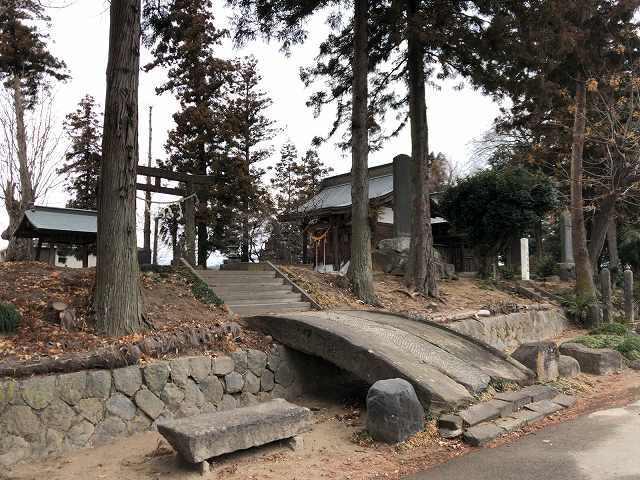 本曲輪1大室神社1.jpg