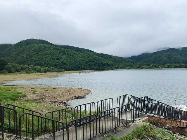 檜原湖1.jpg