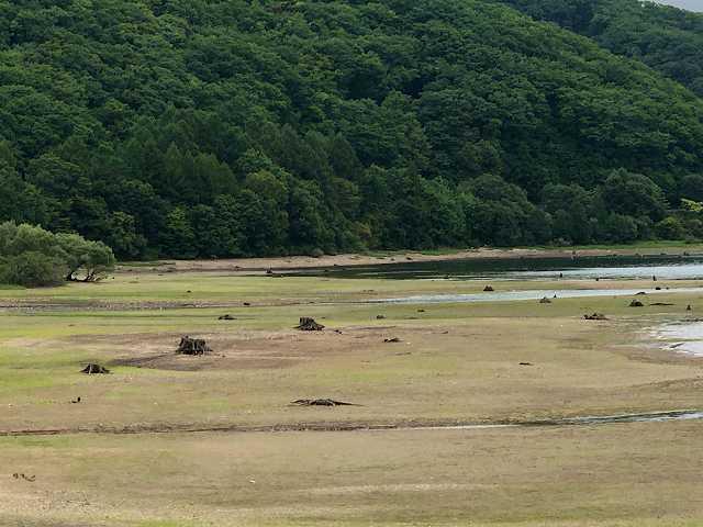 檜原湖6水が少ない3.jpg